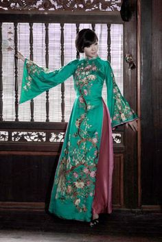 TRADITIONAL LONG DRESS - TT115 Feel like a princess in the castle :D