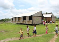 building trust enables portable moving school for refugees - Architecture Vernacular Architecture, Gothic Architecture, Sustainable Architecture, Contemporary Architecture, Mobile Architecture, Architecture Design, Le Corbusier, Education Architecture, School Architecture