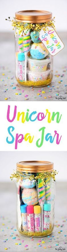 This Unicorn Spa Jar is for the girly girls is your life who love all things sparkly and colorful. They can use the fun gift in a jar to have a spa day. These mason jars would be perfect for a girls birthday party or give as a Christmas gift. - Crafts For Party Unicorn, Unicorn Birthday Parties, Girl Birthday, Birthday Diy, Birthday Presents, Christmas Birthday, Unicorn Gifts, Birthday Quotes, Women Birthday