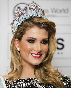 En tremendo escándalo está metida la actual Miss Mundo, Mireia Lalaguna por sus propias declaraciones, pues sin una pizca de vergüenza acaba de confesar que hizo trampa en el certamen de belleza.