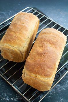 Pâine toast moale și pufoasă, ideală pentru mic dejun și sandvișuri | Bucate Aromate Toast, Bread, Recipes, Food, Brot, Recipies, Essen, Baking, Meals
