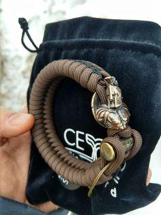 Survival Bracelets, Paracord Bracelets, Trending Outfits, Unique Jewelry, Men, Accessories, Etsy, Key Fobs, Pendants