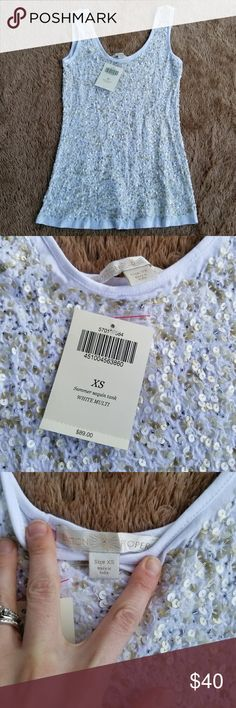 Sequin tank ??NWT Brand: Boston Proper Size: extra small, fits like a small in my opinion Color: White with multi colored sequins. Summer Sequin Tank. Great with jean shorts or for work under a blazer. Never worn.  Bundle with the other Boston Proper sequin tank for a discount! Boston Proper Tops Tank Tops
