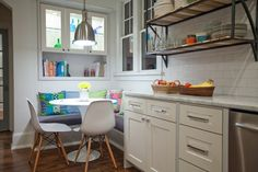 Хочу диван на кухне! – Красивые квартиры