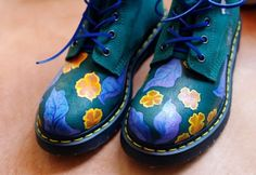 Hand-Painted-Dr-martens-boots-Suede-US8-UK6-Floral-Brand-New