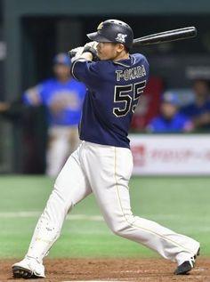 3回オリックス2死、T-岡田が右越えに満塁本塁打を放つ=ヤフオクドーム