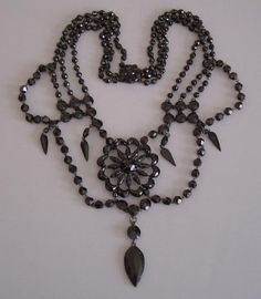 victorian jewelry | All About Necklaces: Ooh-la-la! French Victorian jet necklace