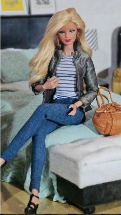 40.16.3 summerwecken Barbie Hair, Barbie Dress, Pretty Dolls, Cute Dolls, Vintage Barbie Clothes, Doll Clothes, Fashion Dolls, Fashion Outfits, All Jeans