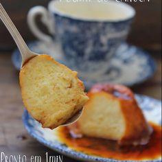 Hoje a sobremesa é lá na Coluna Monta Encanta na Revista Pais&Filhos @paisefilhosoficial PUDIM DE CANECA, versão individual pronto em 1 minuto no micro ondas dos Deuses. Receita especial vale conferir  INGREDIENTES calda 1 colher de sopa de açúcar 1 colher de sobremesa de água pudim 1 ovo inteiro 4 colheres de sopa de leite condensado 4 colheres de sopa de leite COMO FAZER: calda: Em uma caneca grande coloque 1 colher de sopa de açúcar e 1 colher de sobremesa de água. Misture e leve ao m...