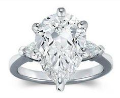 Avril Lavigne's engagement diamond ring.$ 1million