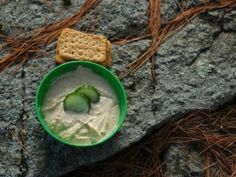 Dehydrated recipe for camping! Hiking Food, Backpacking Food, Camping Meals, Camping Recipes, Dehydrated Food, Emergency Food, Emergency Preparedness, Garlic Hummus