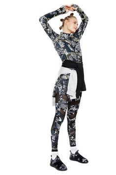 Dámské Sportovní Oblečení / Different.cz - 2199 Kč Ss, Punk, Sports, Style, Fashion, Hs Sports, Swag, Moda, Fashion Styles