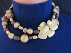 Givenchy leaf clasp chunky brown gold bead necklace