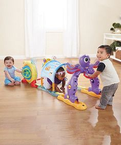 Get your little one active with this ocean themed adventure course designed to stimulate and entertain your baby.