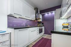 Lila kitchen / Lila keittiö