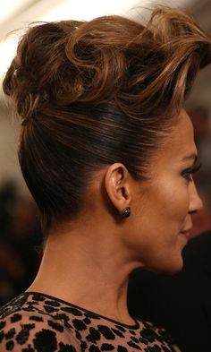 Jennifer Lopez At The Met Gala, 2013. Now THAT's a pompadour.