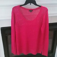 XL hot pink and sequin sweater Pics don't do this justice! It sparkles but not too much. Metaphor Sweaters