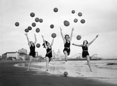 Balloon dancers, trained by Miss Ethel Hunt, 1932