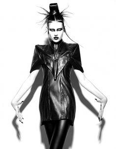 jomohair: katisque: Leonard Wong 2013 'Tran scending space time' jomohair: The hair is like a geisha meets Siouxsie meets Yolandi Visser. Dark Fashion, High Fashion, Womens Fashion, Gothic Fashion, Leather Fashion, Fashion Art, Shots Magazine, Latex, Superhero Fashion