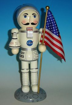 nutcrackers for christmas | Christmas Nutcrackers - American Astronaut Nutcracker