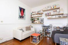 Ganhe uma noite no Cosy flat on Canal Saint-Martin - Apartamentos para Alugar em Paris no Airbnb!