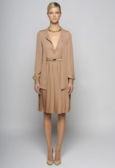 Gucci dress with cardigan beige nude gold a la #tangerine 2