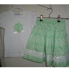 #ladybird2turtle #pinadayoct #green $28.00 Size 4 to 5 skirt and tshirt set by JustFriends on Handmade Australia