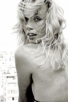 Michele Gubert - CastOne (capa Elle)