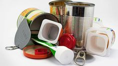 """""""Die Menschen in den industrialisierten Staaten sind mittlerweile zu über 90 Prozent chronisch mit Bisphenol A (BPA) belastet, also sozusagen 'plastiniert'"""", sagt Dieter Swandulla, Institutsdirektor der Physiologie II an der Universität Bonn."""