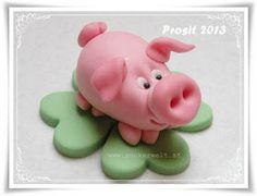 Fondant or Marzipan Pig Step-by-Step Tutorial Clay Projects, Clay Crafts, Cane Fimo, Biscuit, Fondant Figures Tutorial, Fondant Animals, Fondant Decorations, Polymer Clay Animals, Clay Figurine