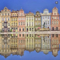 present  IG  S P E C I A L  M E N T I O N |  P H O T O  C O L L A B |  Edit by : @manuelo_bo  Captured by : @aggiewo  L O C A T I O N | Old Market Square- Poznań-Poland  __________________________________  F R O M | @ig_europa A D M I N | @emil_io @maraefrida @giuliano_abate F E A U T U R E D  T A G | #ig_europa #ig_europe  M A I L | igworldclub@gmail.com S O C I A L | Facebook  Twitter M E M B E R S | @igworldclub_officialaccount  F O L L O W S  U S | @igworldclub @ig_europa…