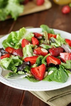 Strawberry & Greens Salad with Honey Vinaigrette ~ a simple, flavorful, and beautifully eye-catching salad starring Springs little red beauties.