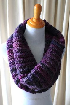 Berry Ribbed Cowl