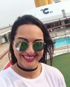 Sonakshi for #LakmeFashionWeek #LFWGrandOpening  Her VOICE . . I love her smile ❤️. .  @aslisona