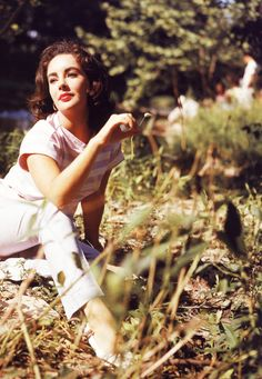 Elizabeth Taylor on the set of Raintree County (1957)