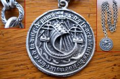 Ancien Bijou Collier Argenté Grande Médaille Sceau Moyen ÂGE Blason DE Paris   eBay
