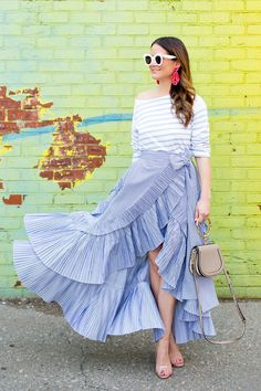 J Crew Spring 2017 Ruffle Skirt 2019 Ruffle Skirt, Dress Skirt, Ruffles, Blue And White Skirts, White Dress, Black Lace Crop Top, Street Looks, Style Casual, Trendy Style