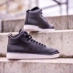 adidas Originals Veritas Mid Leather: Black