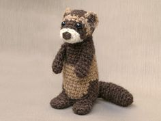 This time I have made a rather special creature. Meet Bunsie, my crochet ferret or polecat pattern. In Europe and Asia we know this animal as well as a wild animal, the polecat, as the pet version …