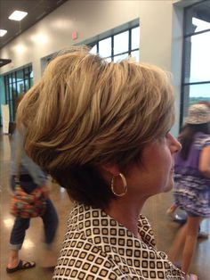 Awesome sexy short haircut #AMAZING, TRENDY AND SEXY HAIRCUTS # fashion