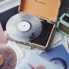 Shop the Crosley Presley Floral Bluetooth Cruiser Record Player and more Urban Outfitters at Urban Outfitters. Read customer reviews, discover product details and more.