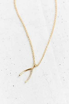 Wild Wishbone Necklace - Urban Outfitters