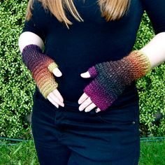 Crochet. Sunset Fingerless Mitts. Pattern.