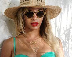 Quenn Bey, aproveita dia de praia com Jay Z.  Saiba mais, www.celegram.com.br