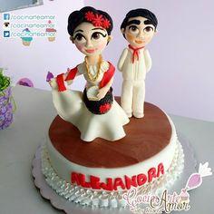 Que tema será este pastel??? 🤔 Danza Folklórica!!!! Del merito Veracruz!!! Felicidades a la maestra Alejandra en su cumpleaños!!! 🍰😘👌👑🎂🎀🎁🎈