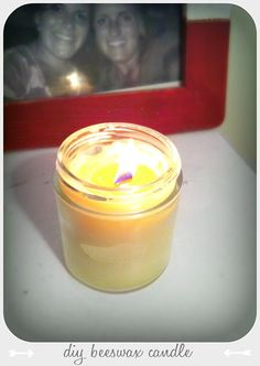 DIY wood wick candle // loves these, they crackle like a real fire ...