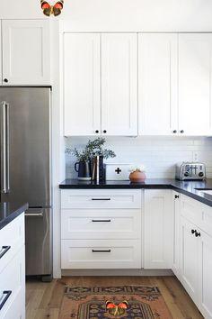 #mutfak #mutfakmodelleri<br> New Kitchen Cabinets, Painting Kitchen Cabinets, Kitchen Countertops, Soapstone Kitchen, Island Kitchen, Ikea Kitchen, Long Kitchen, White Cabinets, Laminate Countertops