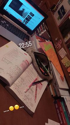 stay home fake story Ideas De Instagram Story, Creative Instagram Stories, Study Motivation Quotes, Study Quotes, College Motivation, Snapchat Picture, Instagram And Snapchat, Applis Photo, Study Pictures
