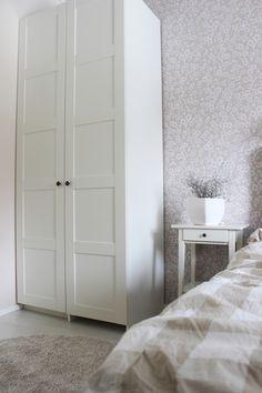 LA PETITE PRINCESSE: Makuuhuoneen muutos nollabudjetilla. / White home, shabby chic bedroom