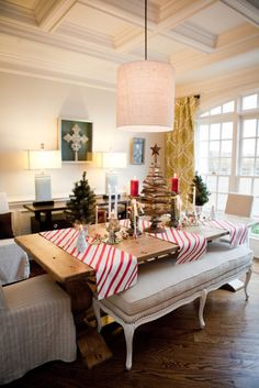 love the candy-cane-stripe table runners.